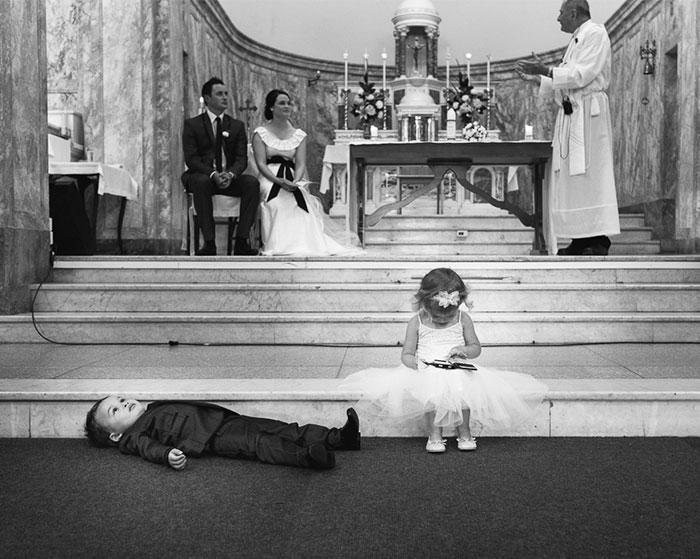 kids-at-weddings-159-59c217bef1343__700