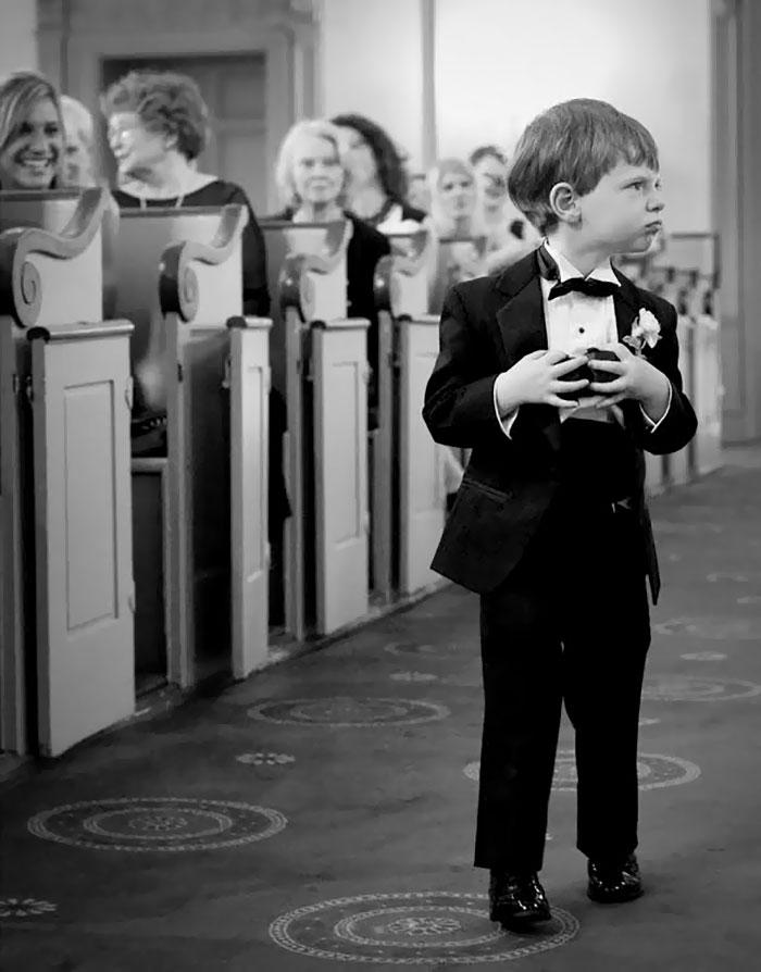 kids-at-weddings-162-59c22fa59e3df__700