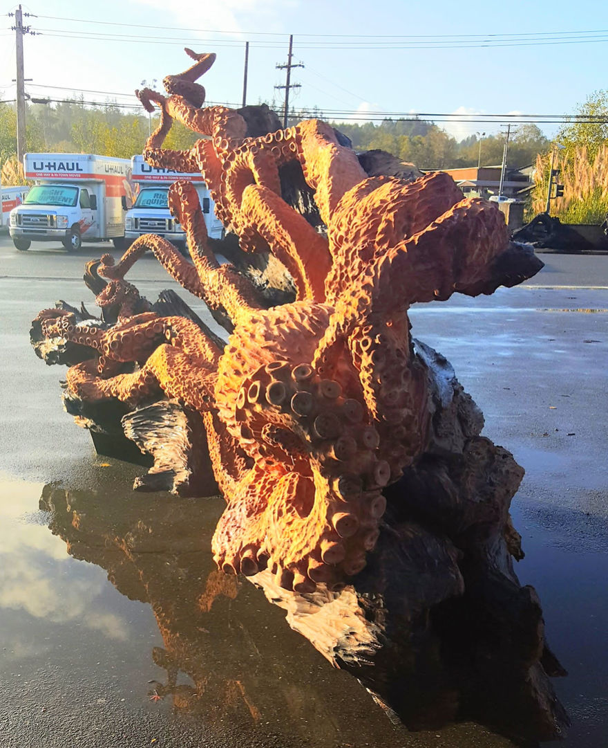 wood-chainsaw-giant-octopus-jeffrey-michael-samudosky-16-59c8e4af83c9c__880