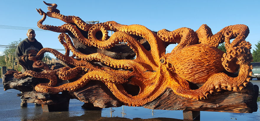 wood-chainsaw-giant-octopus-jeffrey-michael-samudosky-18-59c8e4b66c7dd__880