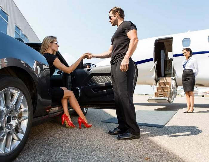 instagram-photoshoot-grounded-private-jet-studio-moscow-18