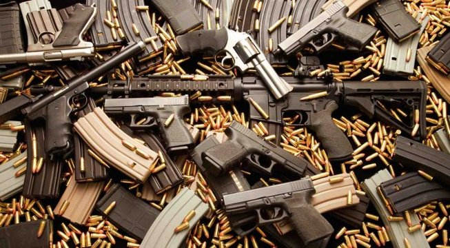 Resultado de imagen para EEUU.: Roban 5 armas de fuego y 100.000 municiones de una feria de armamento