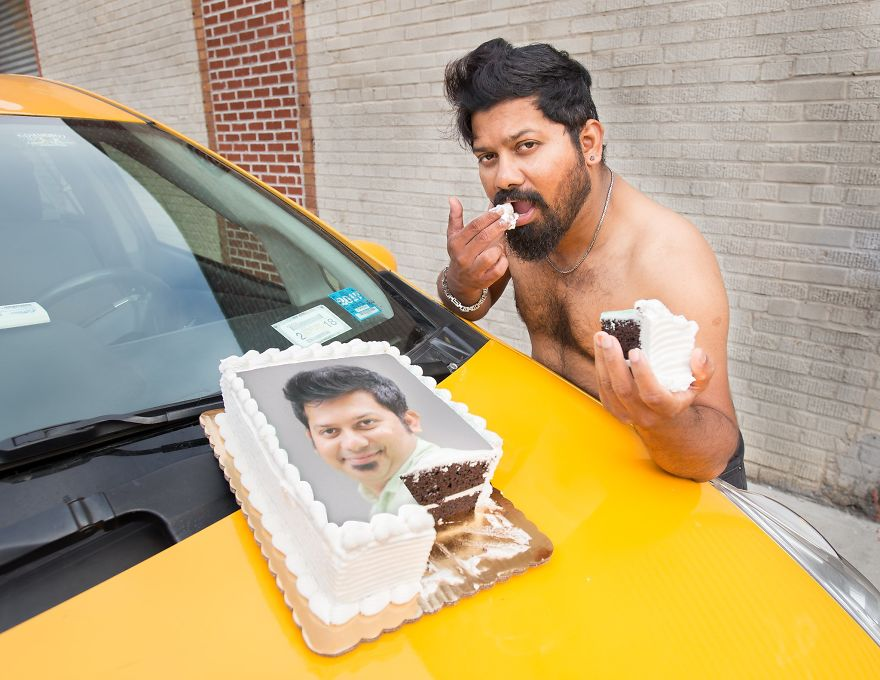 Calendar-gathers-New-York-taxi-drivers-in-sexy-poses-and-the-result-is-a-lot-of-fun-5a13251b9f183__880