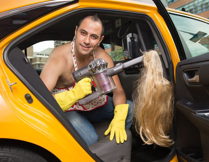 Calendar-gathers-New-York-taxi-drivers-in-sexy-poses-and-the-result-is-a-lot-of-fun-5a132561428c3__880