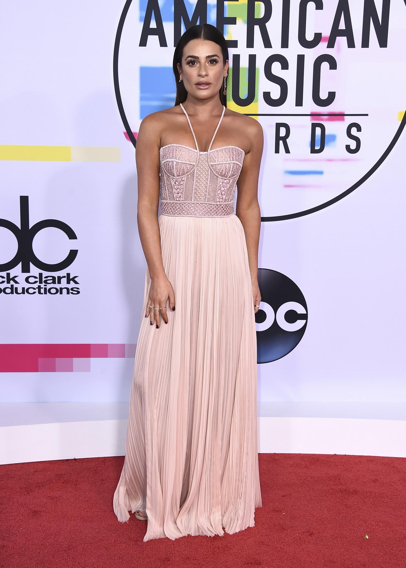 Moda: lo mejor de la alfombra roja de los American Music Awards ...