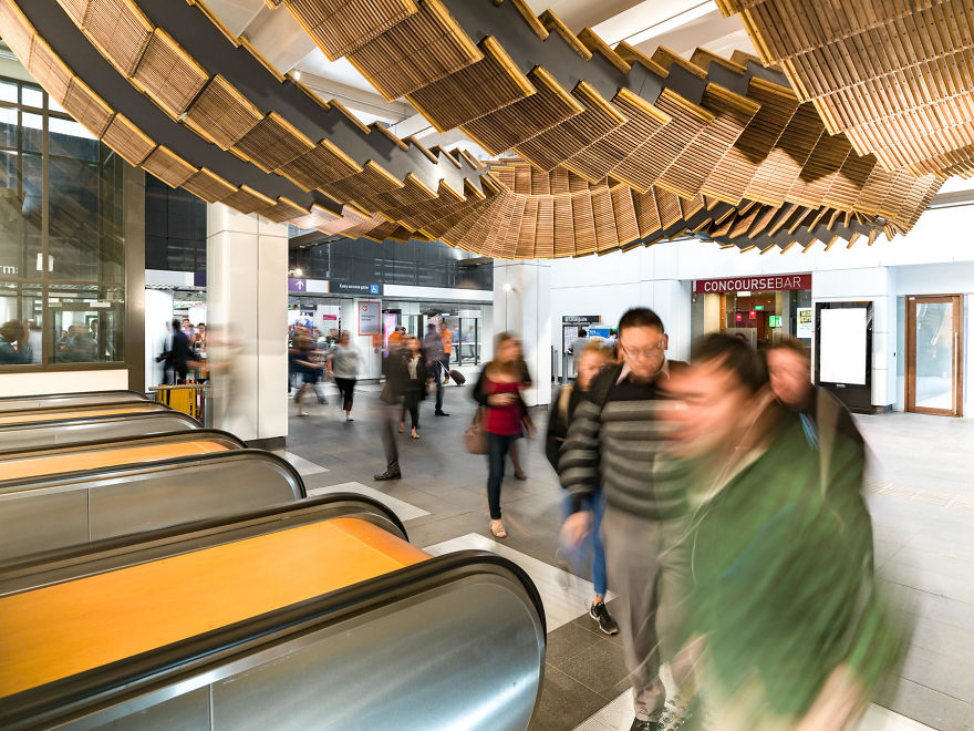 10-Images-from-Sydney-metro-that-looks-like-something-out-of-inception-5a2a59f40c42e__880