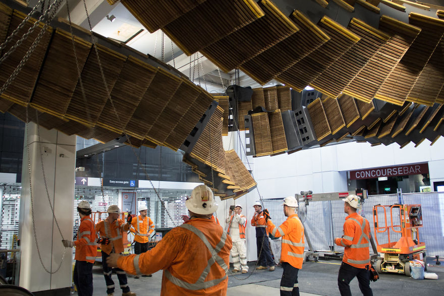 10-Images-from-Sydney-metro-that-looks-like-something-out-of-inception-5a2a5b3739bba__880