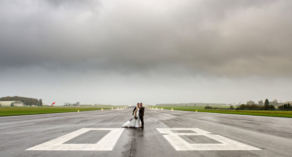 17_CATERS_airplane_wedding_008-1024x549