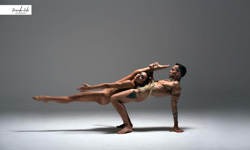 athletes-charity-calendar-photoshoot-dominica-cuda-20-5a377fa1c63f1__880