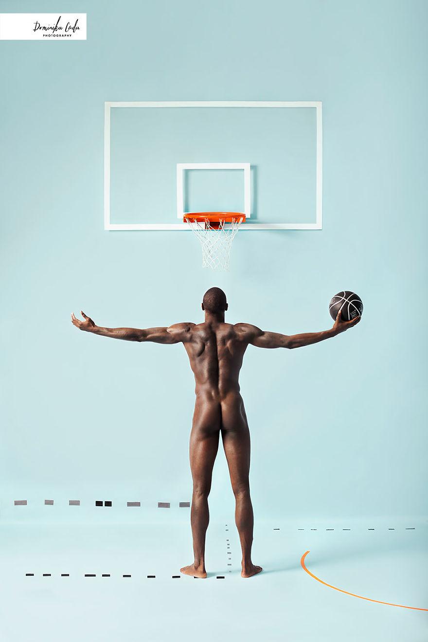 athletes-charity-calendar-photoshoot-dominica-cuda-47-5a377ede1bf44__880