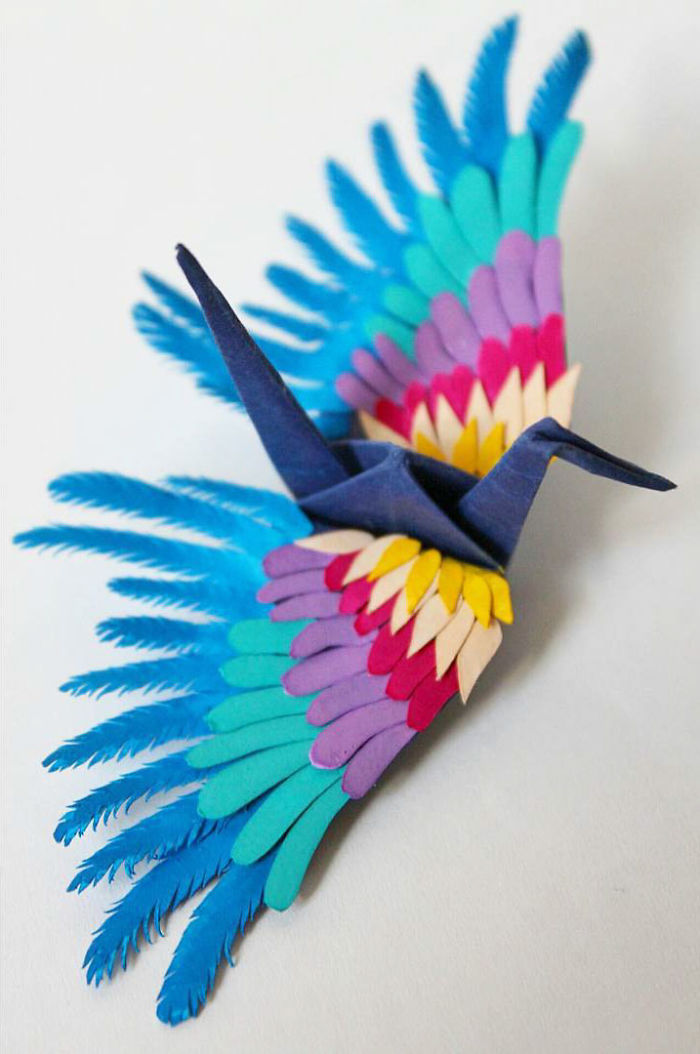 I-folded-and-decorated-an-origami-crane-every-day-for-1000-days-5a32257265e38__700