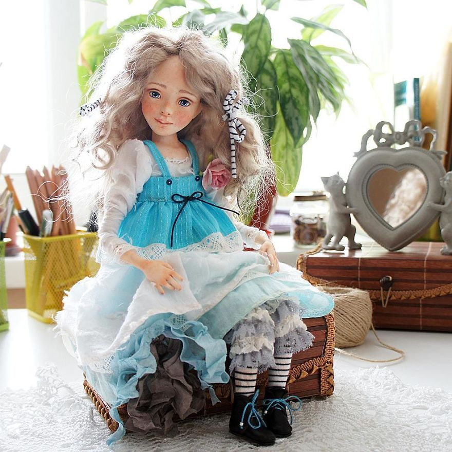 I-Spend-Hours-Creating-My-Art-Dolls-5a25021051450__880