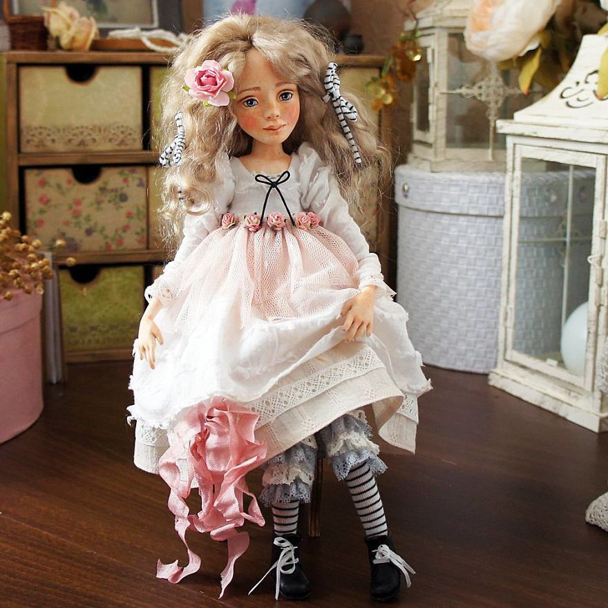I-Spend-Hours-Creating-My-Art-Dolls-5a25021226b7d__880