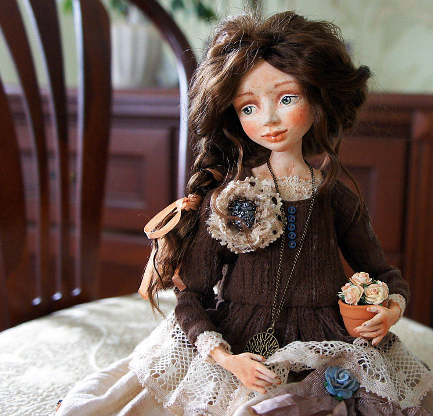 I-Spend-Hours-Creating-My-Art-Dolls-5a250216460c3__880