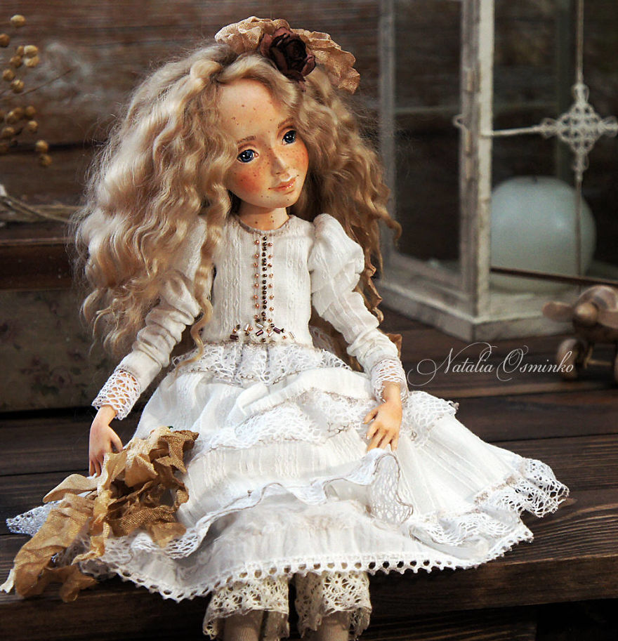 I-Spend-Hours-Creating-My-Art-Dolls-5a2502213acf7__880