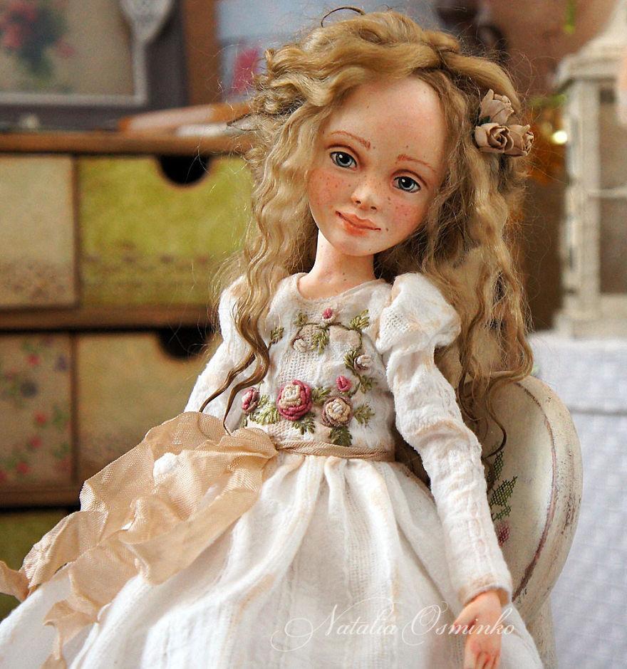 I-Spend-Hours-Creating-My-Art-Dolls-5a2502235acfa__880