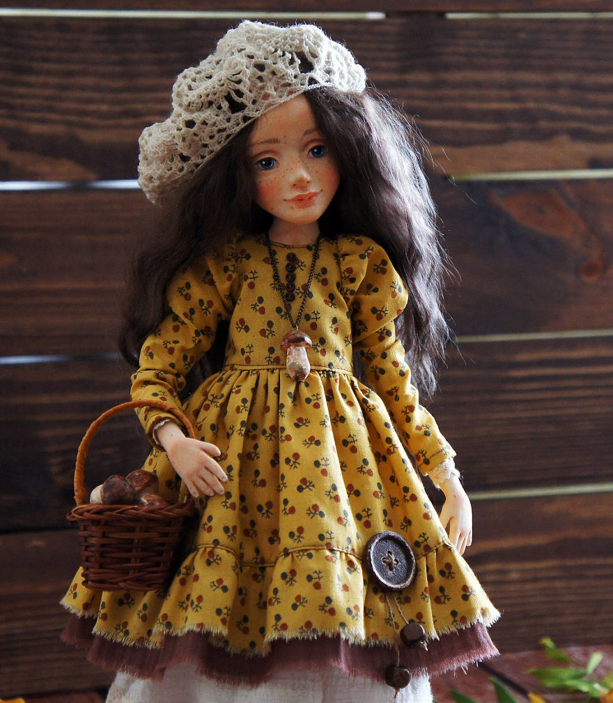 I-Spend-Hours-Creating-My-Art-Dolls-5a25023a8127c__880