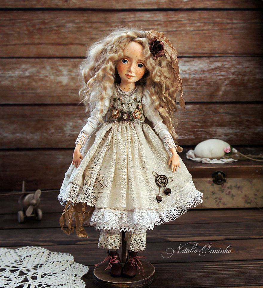 I-Spend-Hours-Creating-My-Art-Dolls-5a25024050488__880