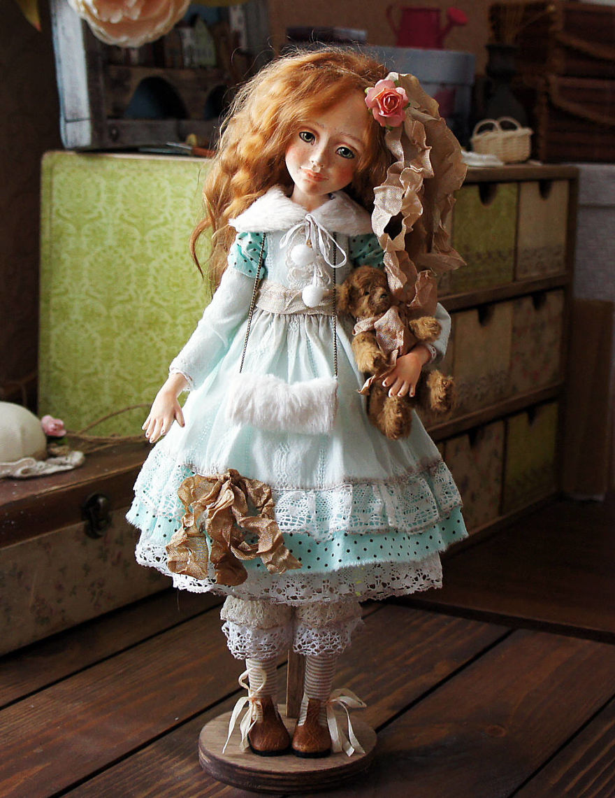 I-Spend-Hours-Creating-My-Art-Dolls-5a2502475ed20__880