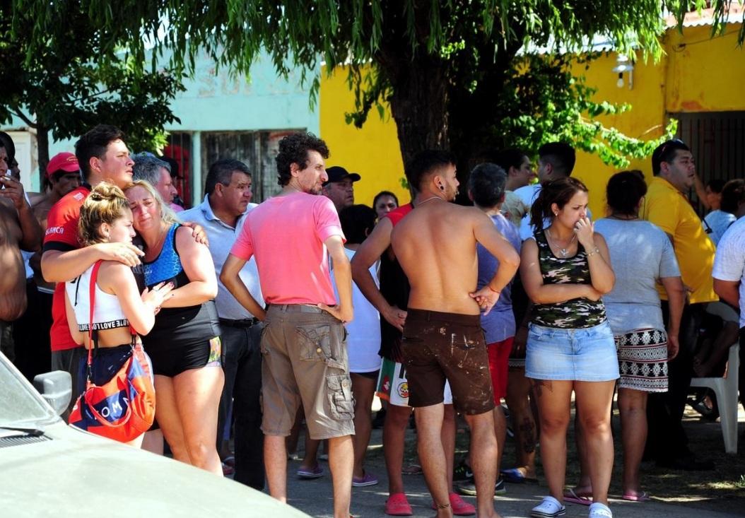 Conmoción en el barrio Santa Lucía.