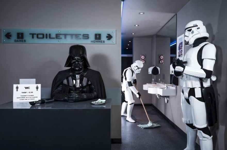 Photographer-imagines-what-it-would-be-like-if-Darth-Vader-went-through-a-financial-crisis-and-the-result-will-amuse-you-5a287c2c02315__880