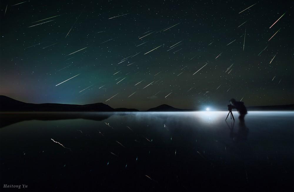 raining-stars-shooting-down
