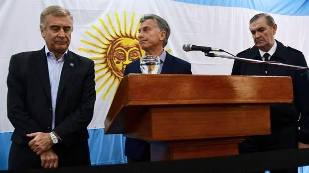 El presidente Mauricio Macri junto a Oscar Aguad y Marcelo Srur