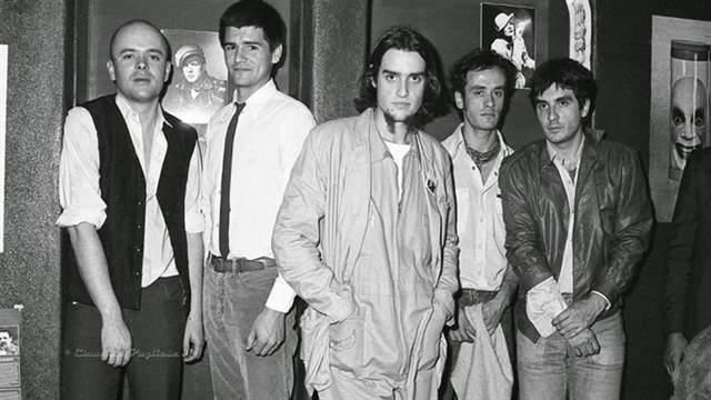 Una de las primeras formaciones de Sumo. De izq a der: Luca Prodan, Alejandro Sokol, Roberto Pettinato, Germán Daffunchio y Diego Arnedo