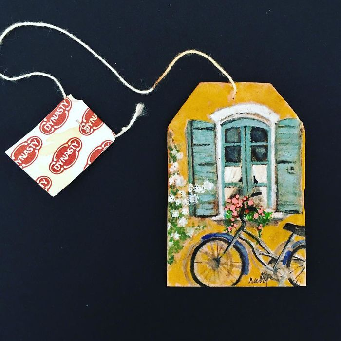 Artist-makes-incredible-mini-paintings-in-tea-bags-and-the-result-is-a-big-work-of-art-5a65035a5d69b__700