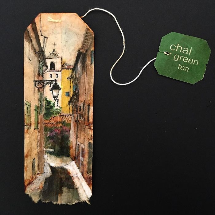 Artist-makes-incredible-mini-paintings-in-tea-bags-and-the-result-is-a-big-work-of-art-5a65b770664a4__700