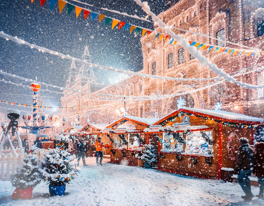 Moscow-during-a-snowfall-really-looks-magically-5a794ff4ee5b6__880