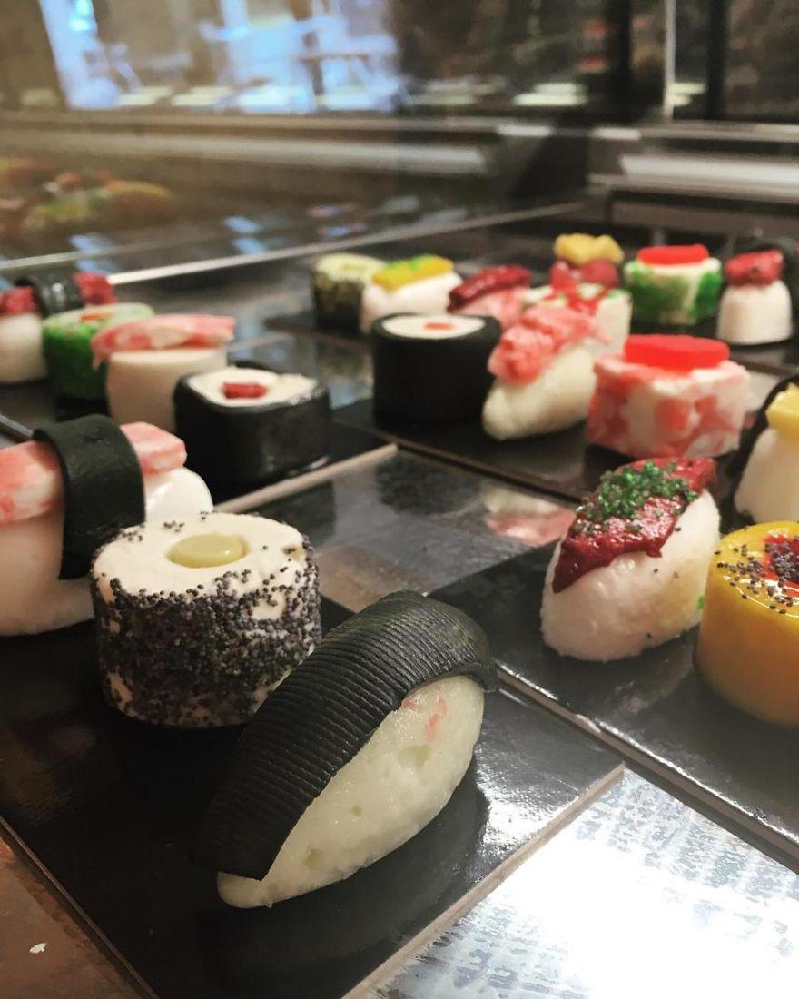 ice-cream-sushi-2-5aba937bb0230__880