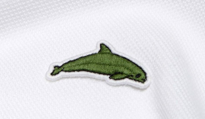 Lacoste-changes-logo-to-save-threatened-species-5a97c1efa0b85__700