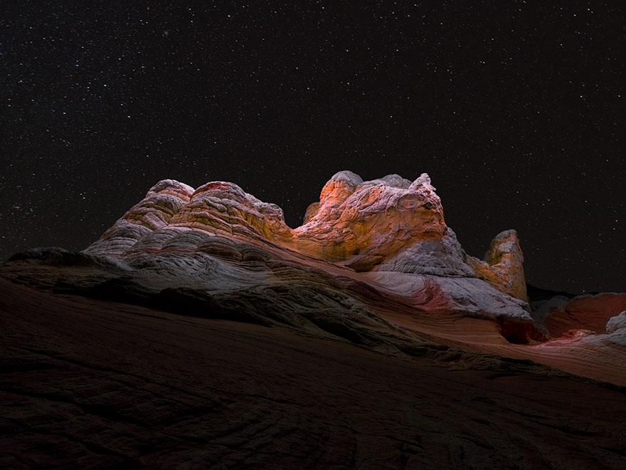 light-paths-of-drones-photography-lux-noctis-project-reuben-wu-5a9f9c306d1ed__880
