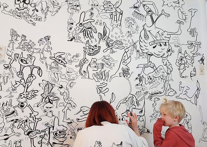 Mommy-Am-I-allowed-to-draw-on-walls-too-5ab7e4e16e849__880