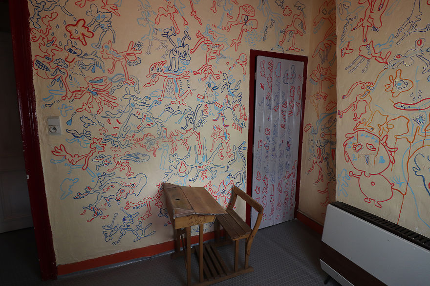 The-Bedroom-4th-floor-5ab7e4ff468a1__880