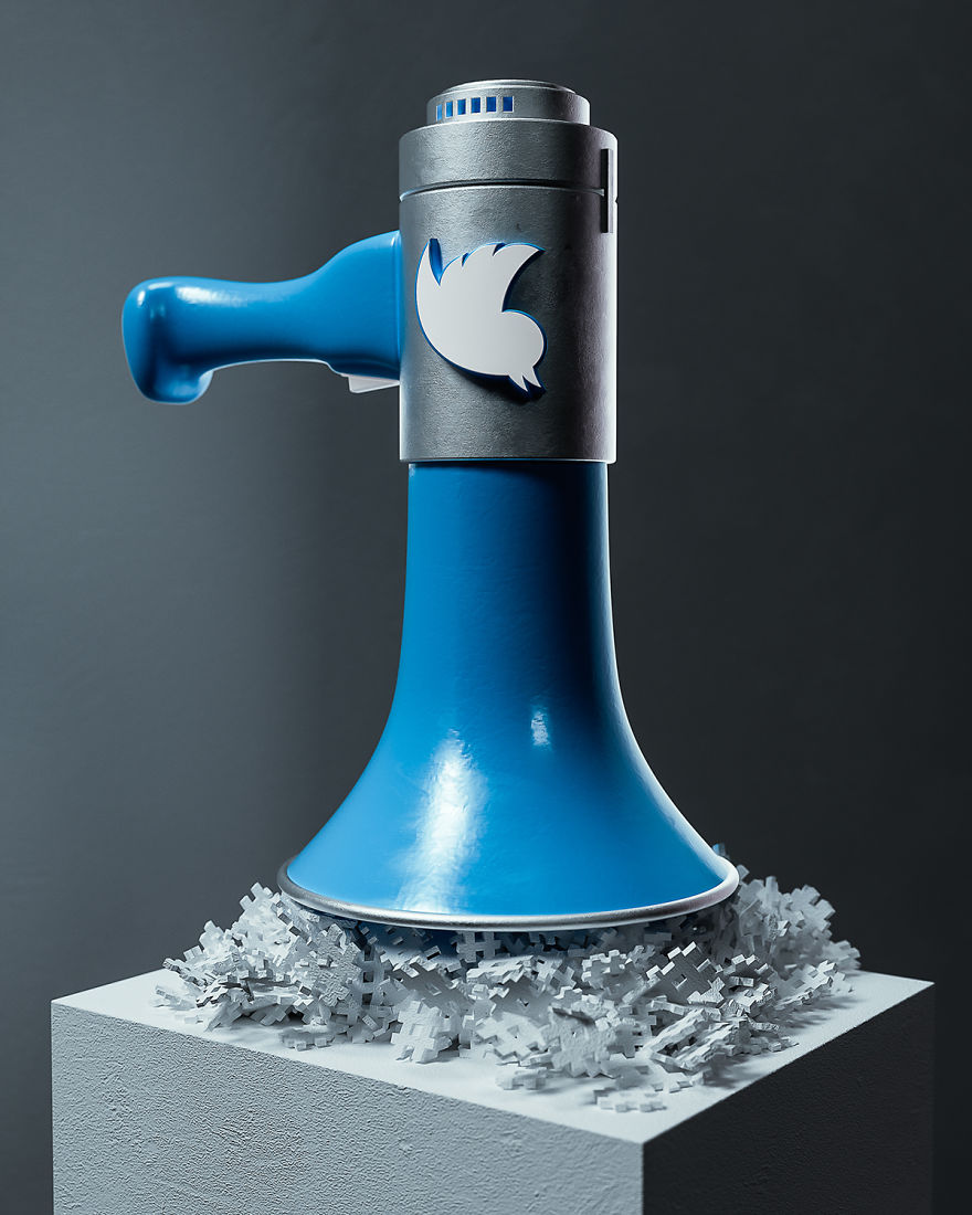 Artist-makes-social-networks-become-metaphorical-sculptures-5ae272cd049e0__880