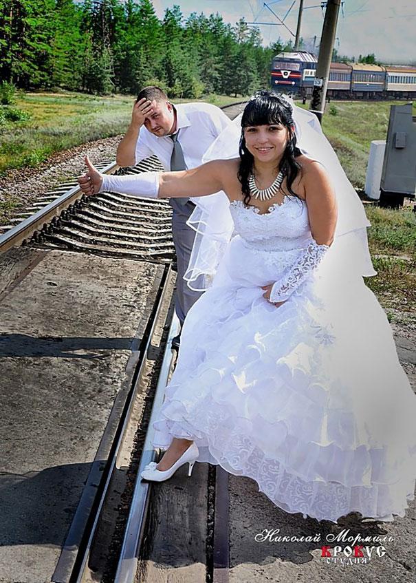 funny-weird-russian-wedding-photos-146-5ac494efc0950__605