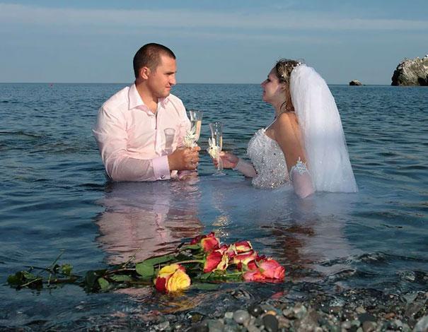 funny-weird-russian-wedding-photos-159-5ac49bd3577ff__605