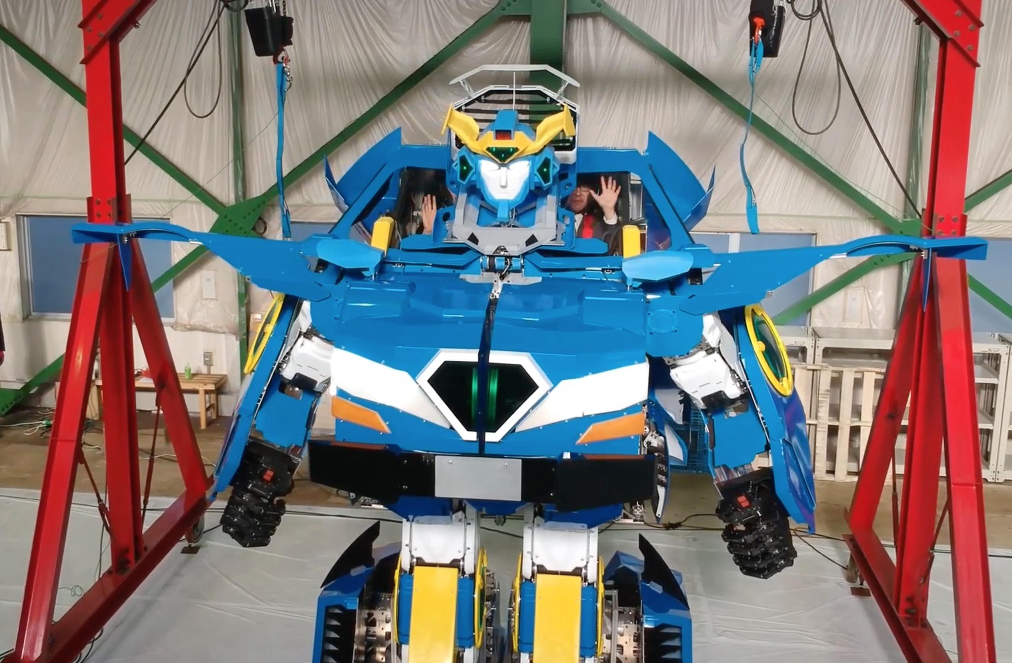 Real-Life Transformer Robot
