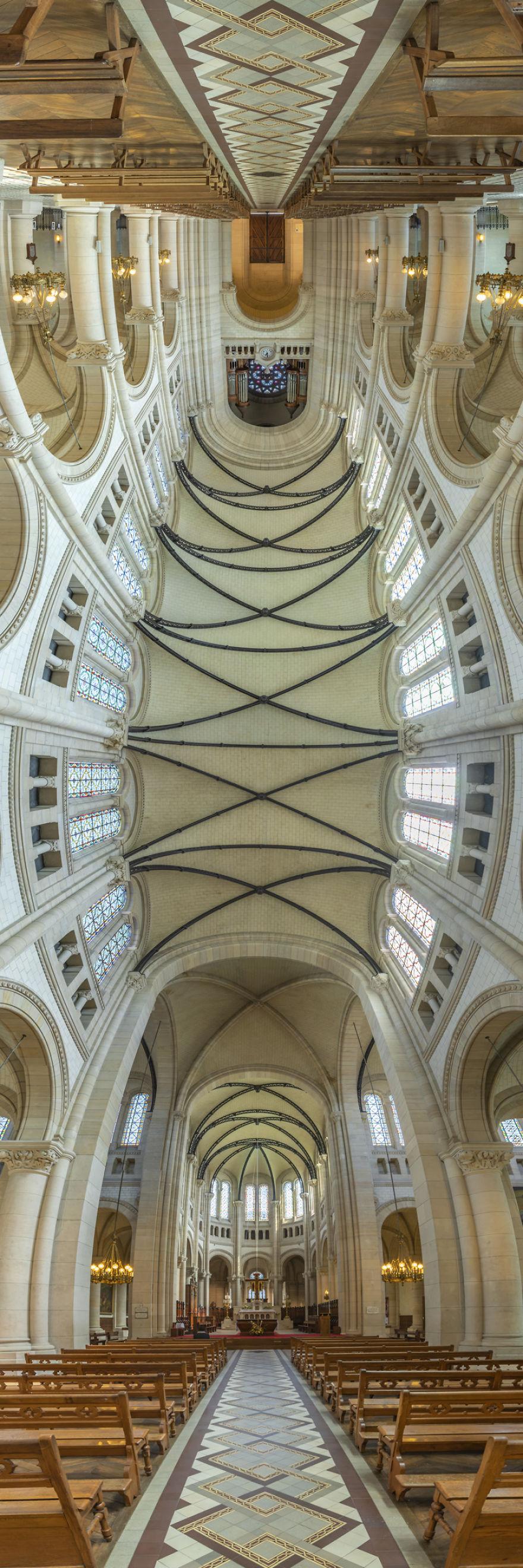 Eglise-Notre-Dame-de-La-Croix-Paris-France-5afb3832b5259__880