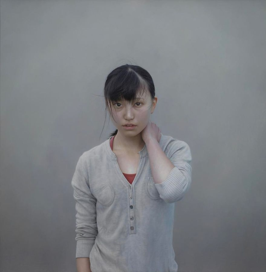 Japanese-make-hyper-realistic-portraits-and-you-would-surely-confuse-them-with-photographs-5afa1f473002a__880