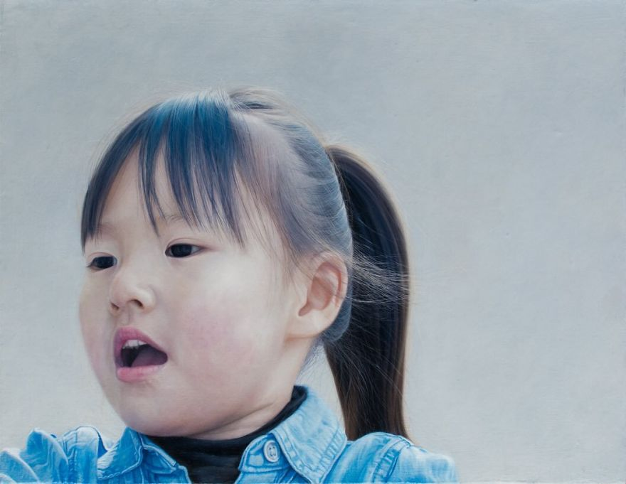 Japanese-make-hyper-realistic-portraits-and-you-would-surely-confuse-them-with-photographs-5afa222f1867e__880