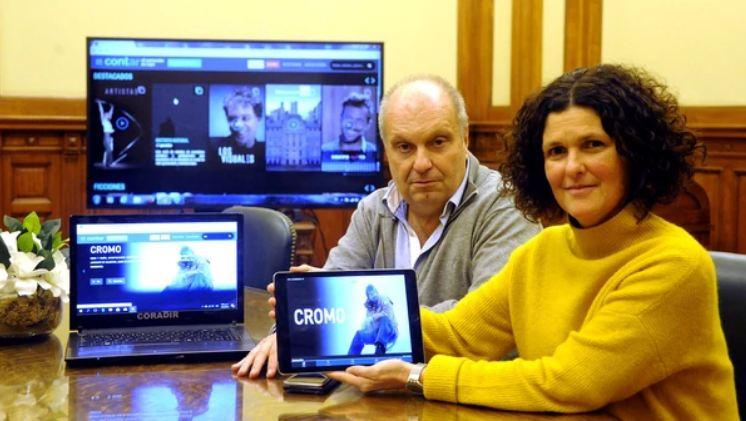 Hernán Lombardi y Gabriela Ricardes durante la entrevista con Infobae para presentar Contar