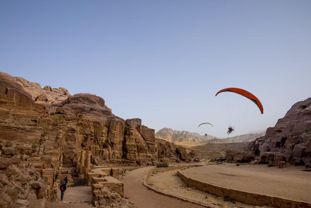 5_CATERS_paramotoring_around_jordan_006-1024x683