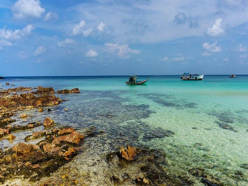9-reasons-why-we-should-visit-Nam-Du-island2