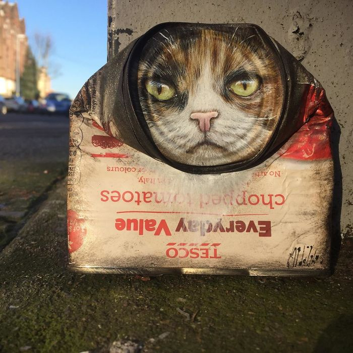 Artist-does-works-of-art-in-old-cans-spreads-throughout-the-city-and-you-would-love-to-find-a-5b15d199b53c7__700