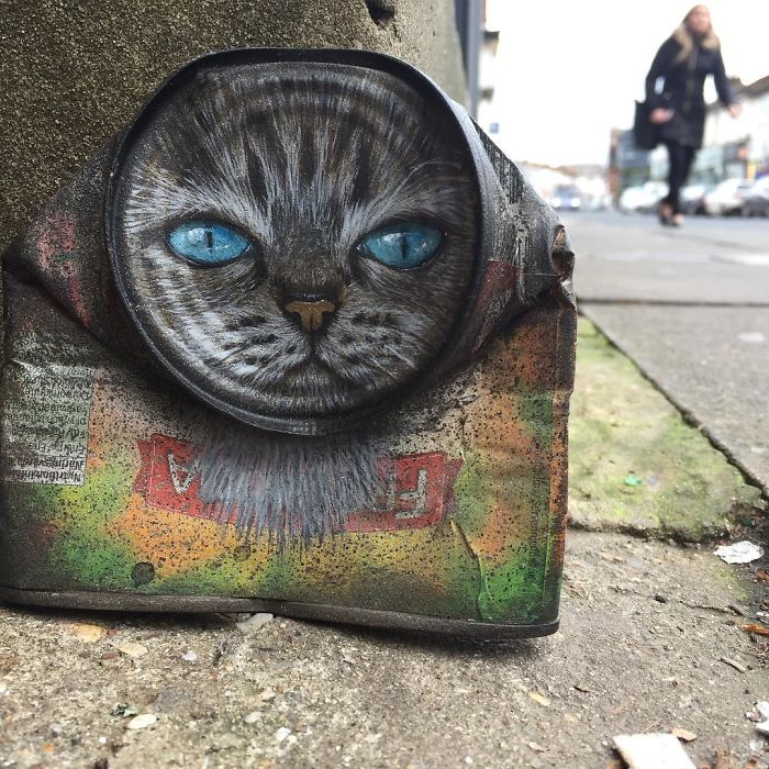 Artist-does-works-of-art-in-old-cans-spreads-throughout-the-city-and-you-would-love-to-find-a-5b15d1b162825__700