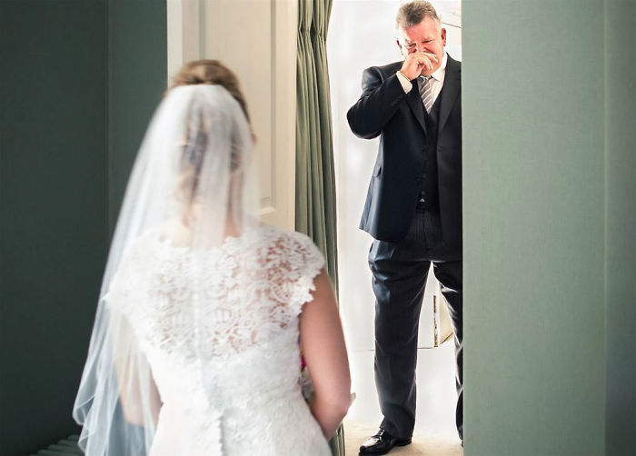 father-of-bride-reaction-59dcc2b65b5a0__700