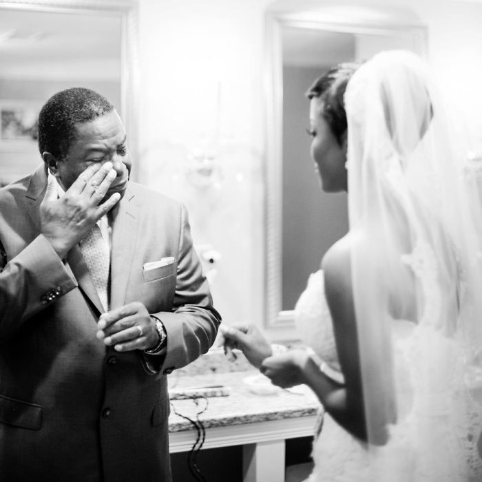 father-of-bride-reaction-59dccc4c5d22f__700